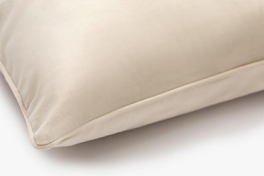 Eden velvet pillow - cream