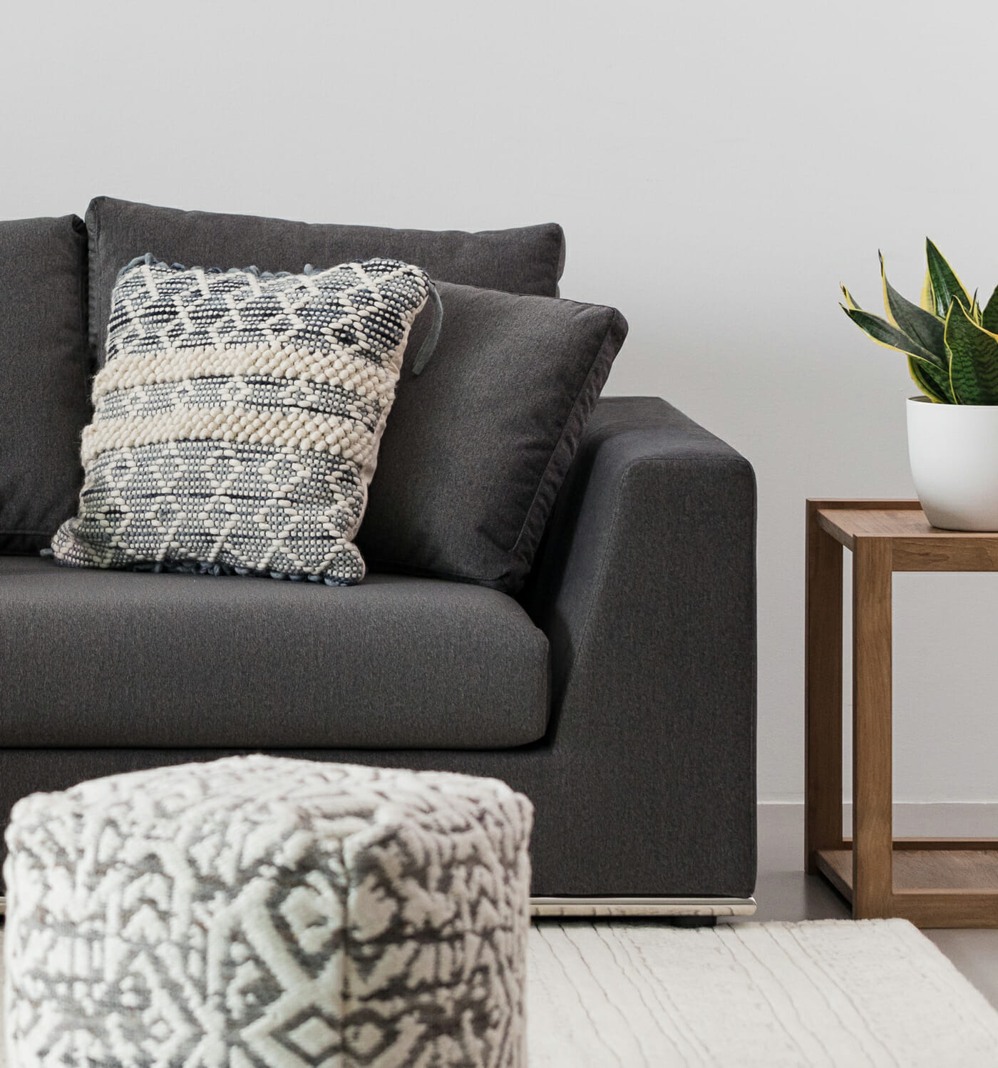 The Flow sectional - Charcoal