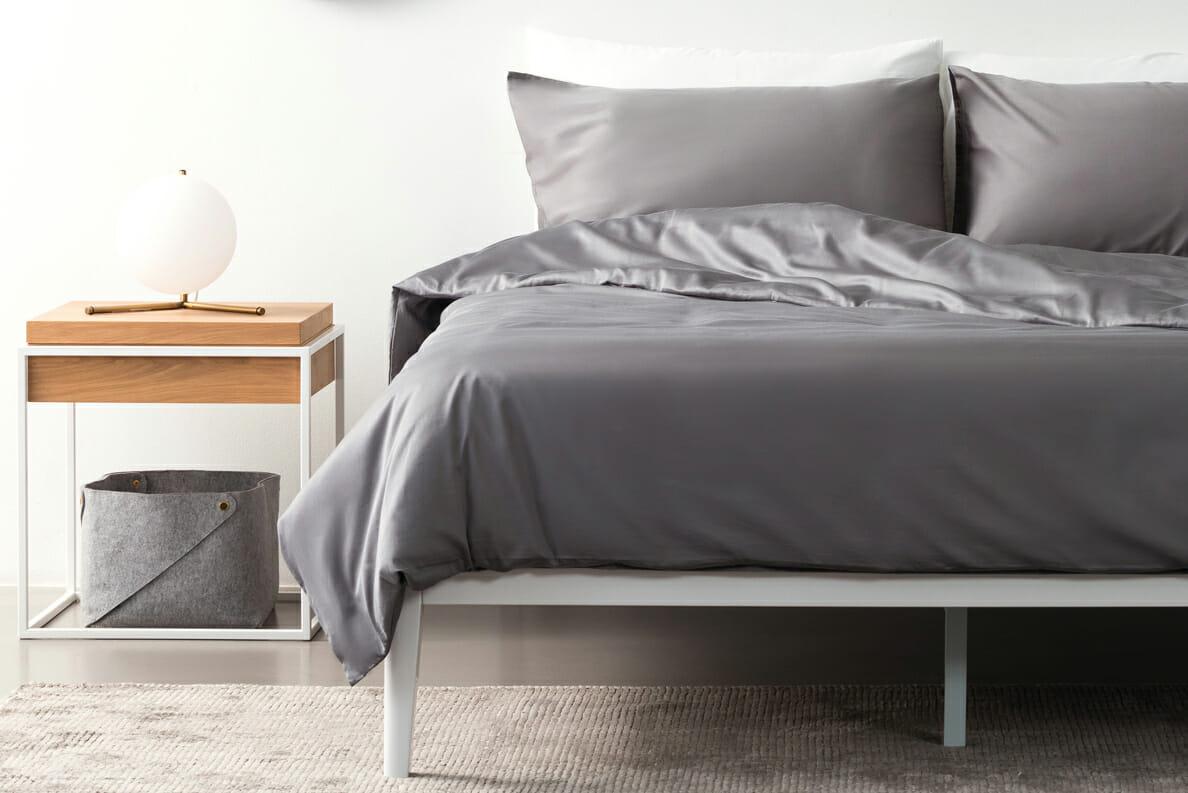 Sateen bedding